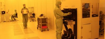 Crocus Nano Electronics clean room photo